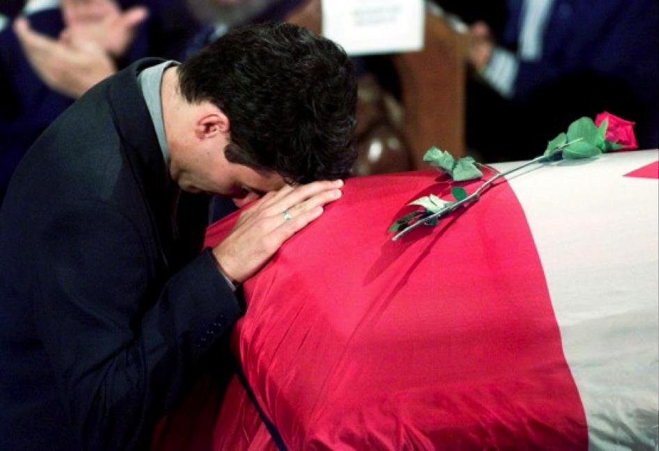 Justin Trudeau aux funérailles de son père Pierre Eliott Trudeau, Montréal, 3 octobre 2000