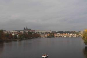 Prague, traversée par la Vlatva