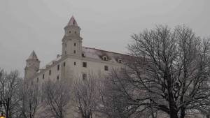 Le château de Bratislava sous la neige