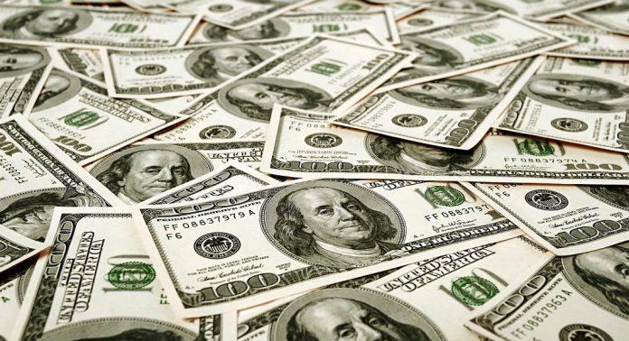Dollars-billets-verts-696x378