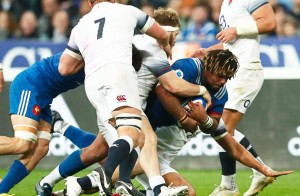 ©IAN LANGSDON/EPA/MAXPPP - epa06594445 France's Mathieu Bastareaud (C) in action during the Six Nations rugby match between France and England in Saint-Denis, near Paris, France, 10 March 2018. EPA-EFE/IAN LANGSDON