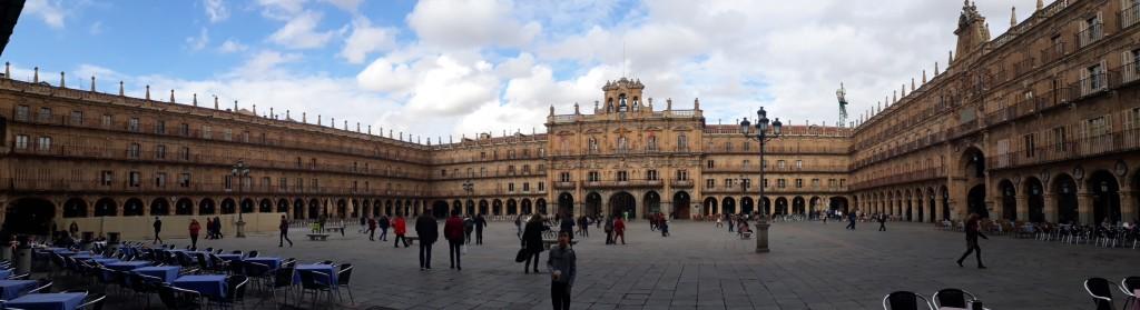 La Plaza Mayor, centre de rencontre et coeur de la ville