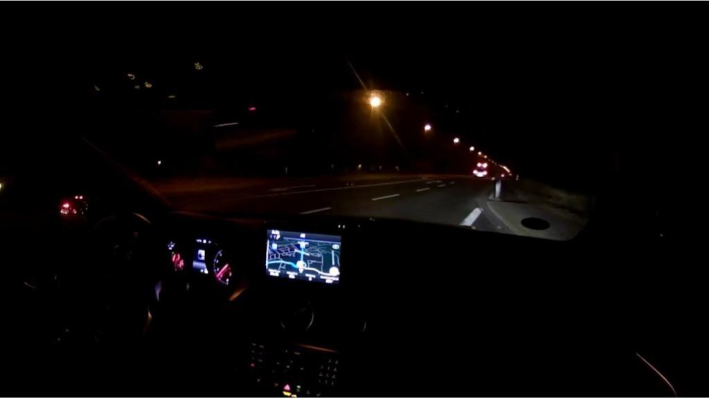 Autobahn bei nacht Gunter
